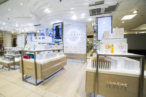 Lumene shop-in-shop with SeeSignage Displays